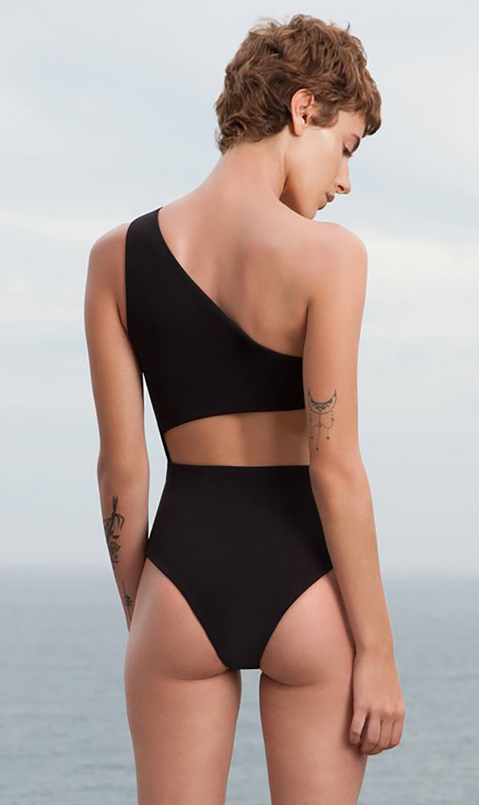 7ba5061e1dd21 Black One-shoulder Swimsuit With Cutouts - MaiÔ Monica Preto - HAIGHT