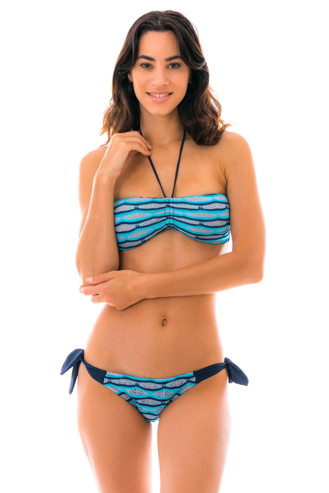 59a0c11c0ac298 Bikini Bandeau Crochet Bleu/noir Bas à Nouettes - Dione Azul