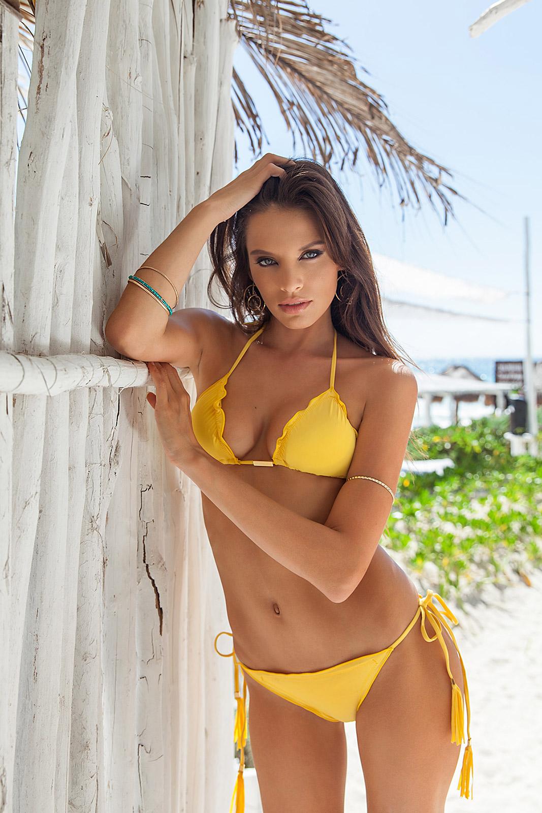 a18c5ca236 AMBRA FRUFRU MELON  Yellow scrunch Bikini with bubbles and undulated edges.