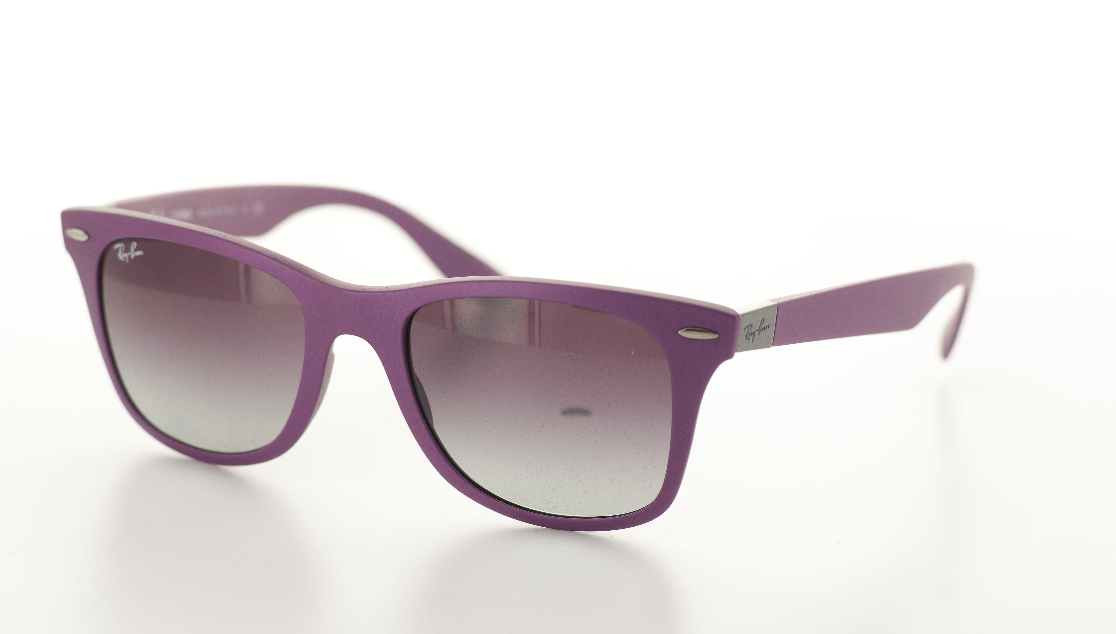 Anteojos para sol Ray,Ban, marco color morado , WAYFARER LITEFORCE PURPLE