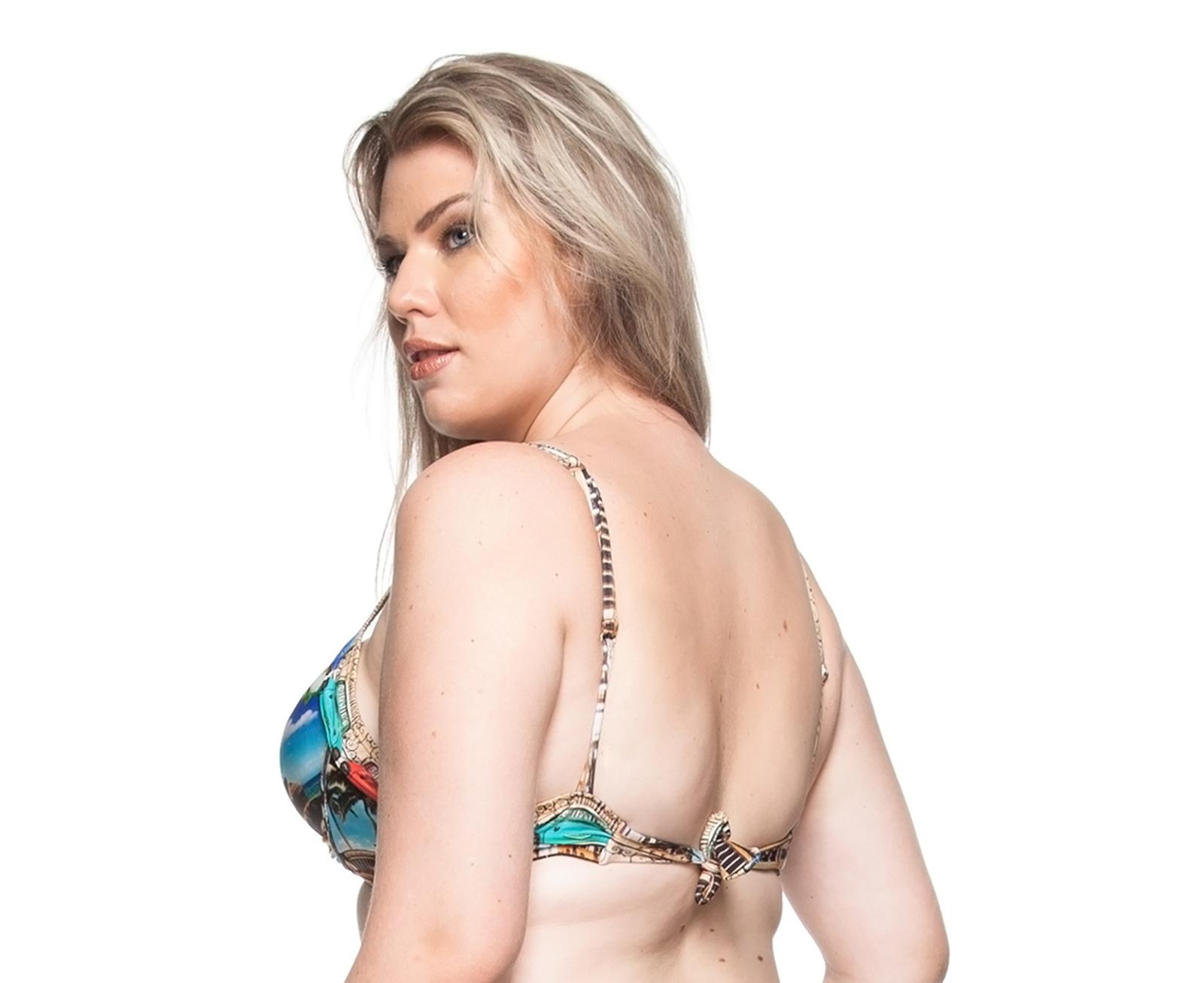 1e8b500725 ... Plus-size balconette bikini top with stones - TOP PRAIA DE PILAR
