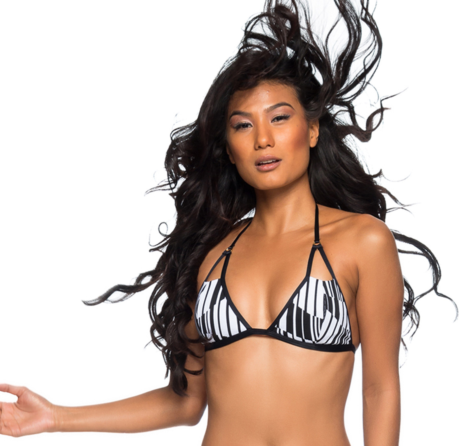 63b38e9c Seksowny Czarno-biały Top Do Bikini - Top Fixo Recorte Preto